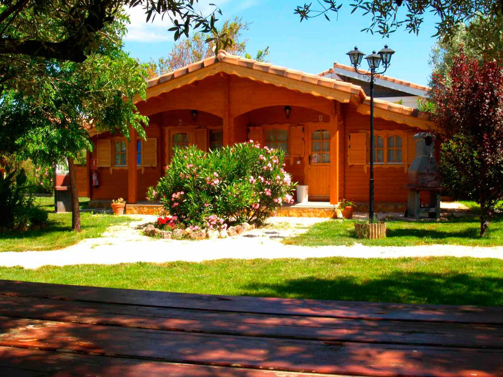 Casas rurales de madera en valencia con jacuzzi y spa - La casa de madera valencia ...